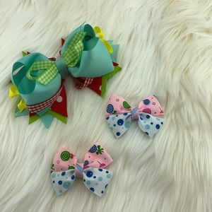 Head bow ribbons blue green, yellow, red